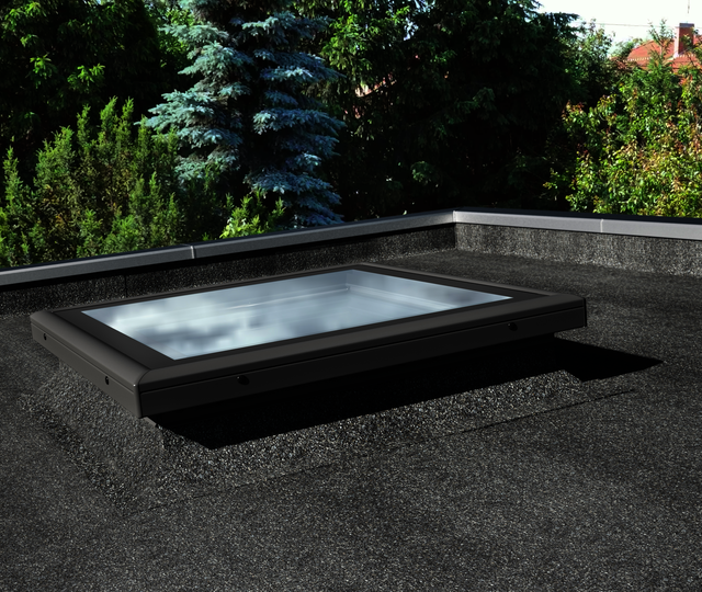 Fixed flat roof window